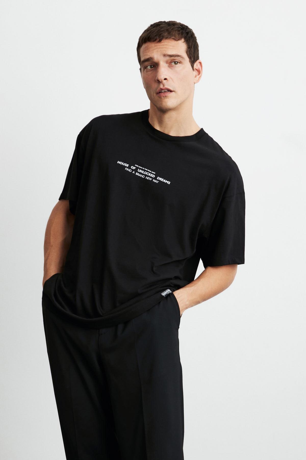 GRIMELANGE FRANK Erkek Siyah Önü Baskılı Kısa Kollu Oversize Bisiklet Yaka T-Shirt 2