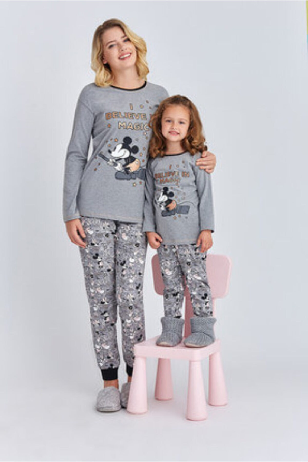 Mickey Mouse Kız Çocuk Gri Mickey Mause Kız Garson Pijama Takımı 2