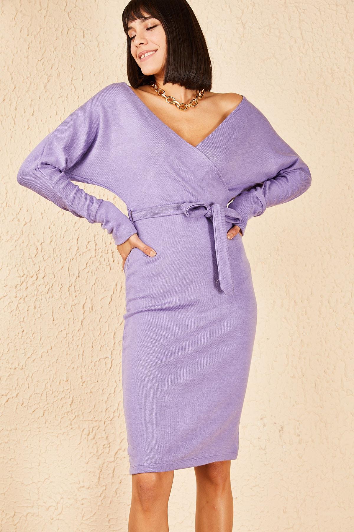 Bianco Lucci Kadın Lila Kuşaklı Ön Arka Kruvaze Yaka Akrilik Elbise 10171003