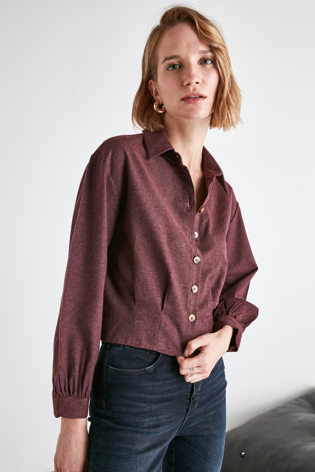 TRENDYOLMİLLA Bordo Düğme Detaylı Gömlek TWOAW21GO0234 1