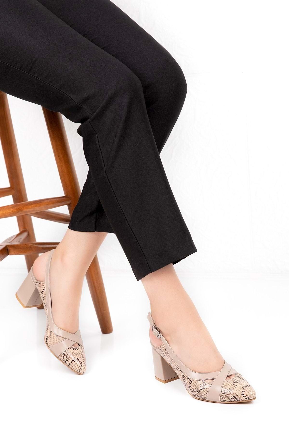 Gondol Hakiki Deri Yılan Desen Ayrıntılı Topuklu Ayakkabı Şhn.0738 - Vizon - 36 2