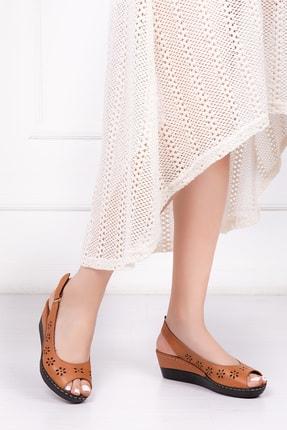 Deripabuc Hakiki Deri Taba Kadın Dolgu Topuklu Deri Sandalet Crz-0401