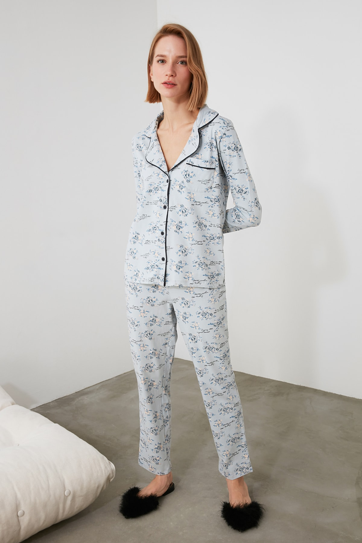 TRENDYOLMİLLA Mavi Çiçek Desenli Gömlek Pantolon Pijama Takımı THMAW20PJ0016 2