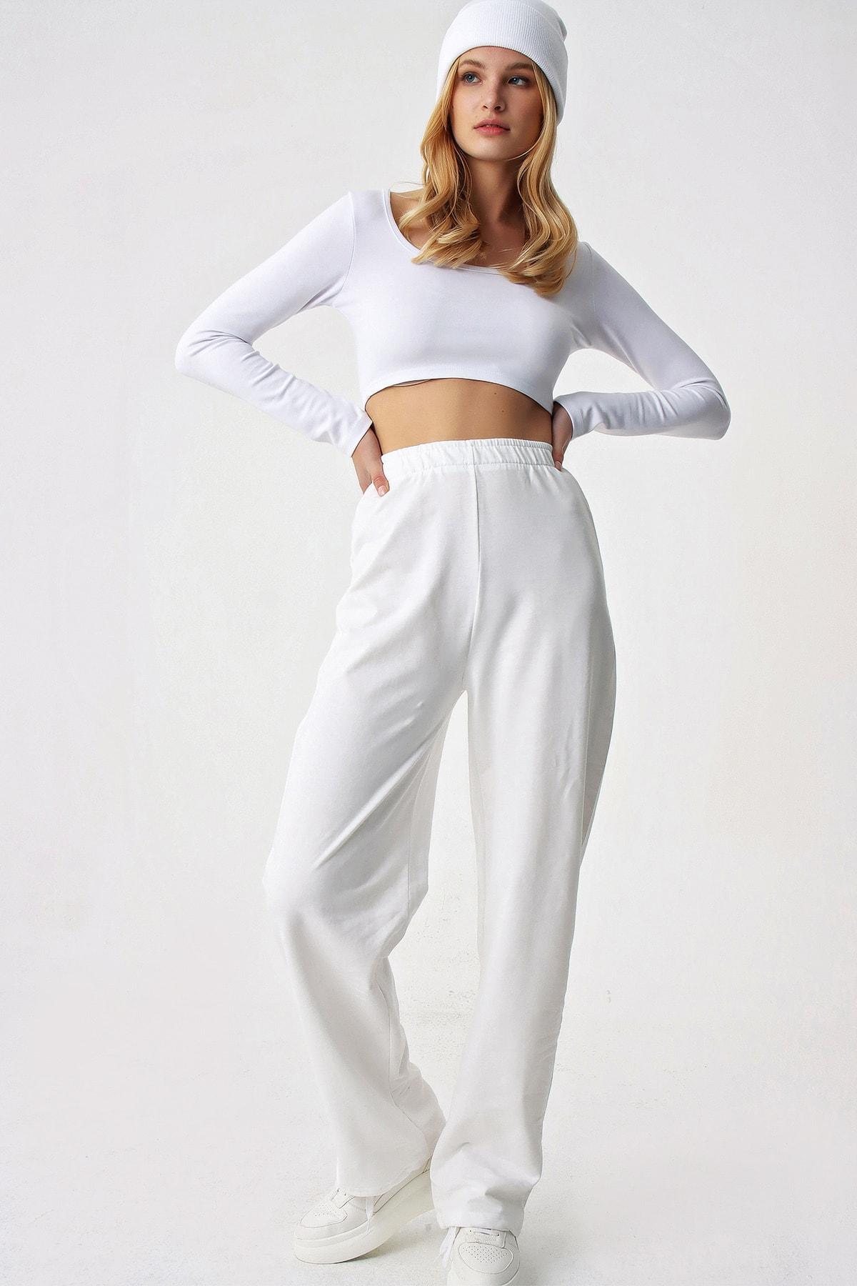 Trend Alaçatı Stili Kadın Beyaz Bol Paça Uzun Eşofman Altı 2