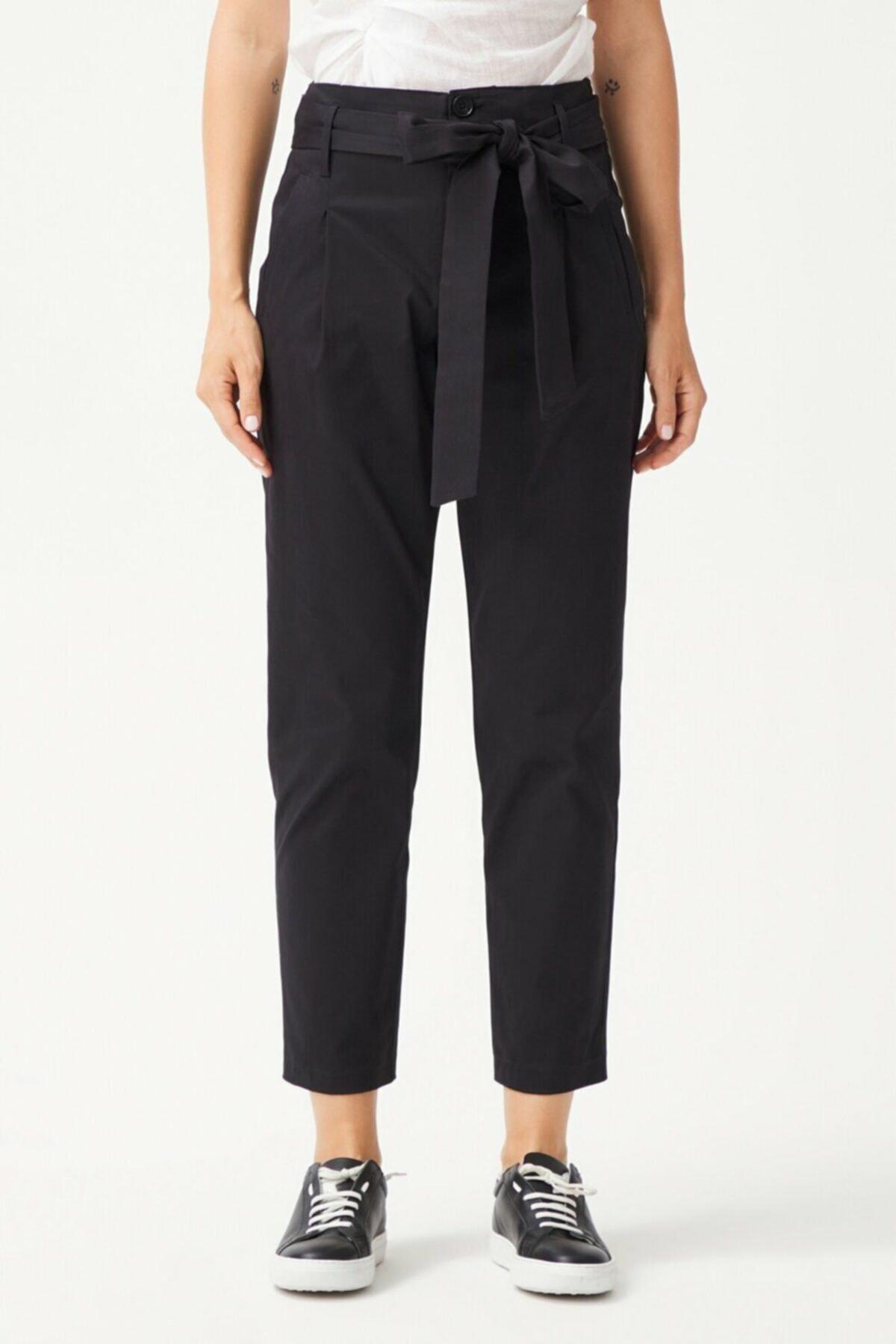adL Kadın Siyah Düğmeli Pantolon 2