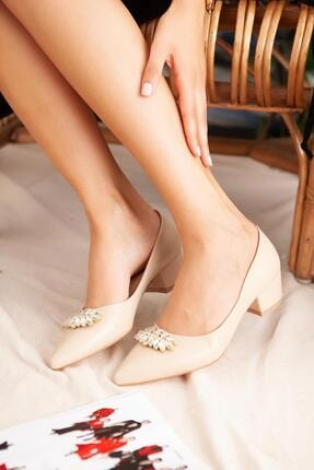 Jilberto Kadın Ten Taşlı Kısa Topuklu Ayakkabı