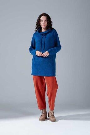Mizalle Kadın Mavi Kanguru Cepli Tüylü Sweatshirt