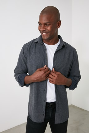 TRENDYOL MAN Siyah Erkek Regular Fit Gömlek TMNAW21GO0944