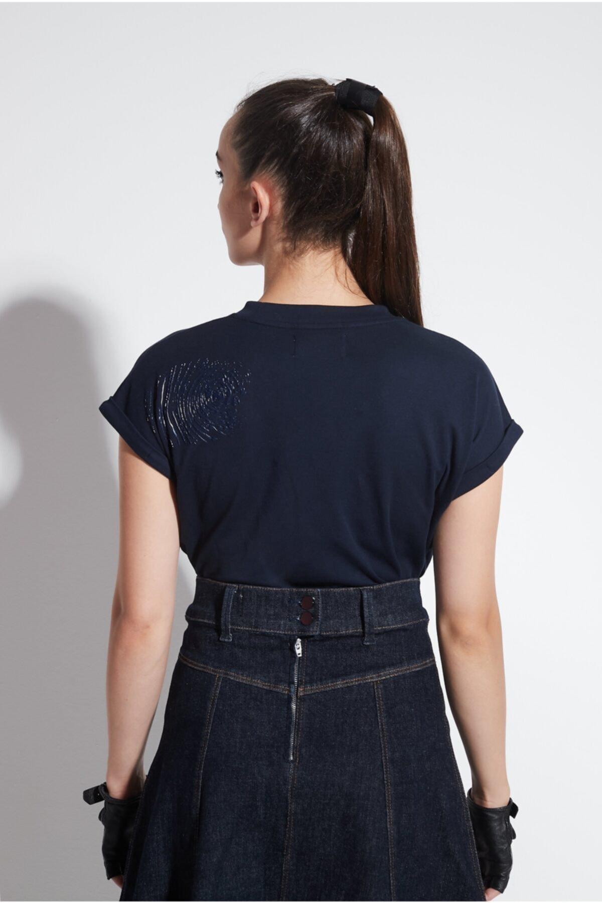 Arzu Kaprol Kadın Lacivert  Yuvarlak Yaka Basic T-shirt 2