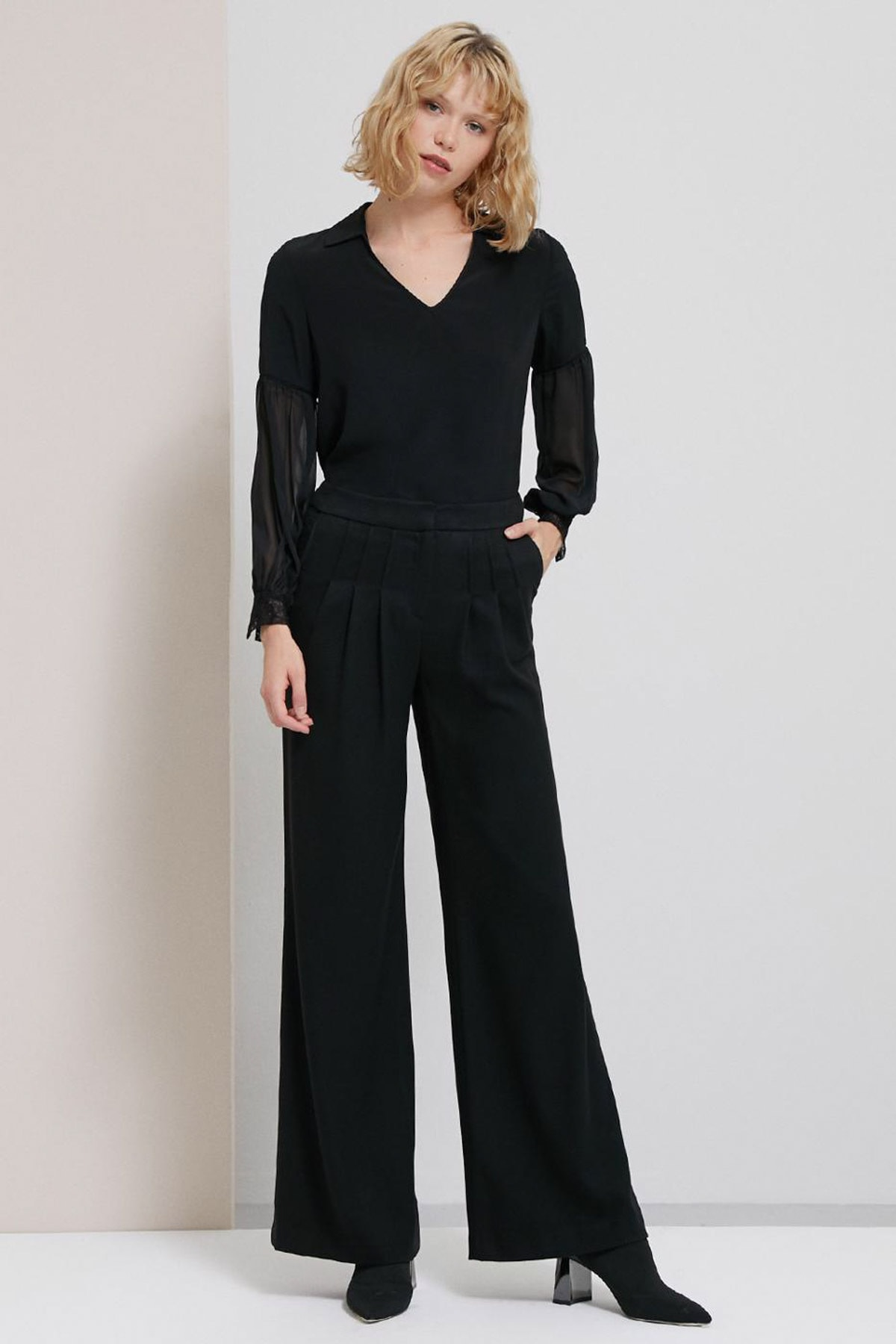 Perspective Kadın Siyah Caliana Pens Detaylı Bol Kesim Siyah Pantolon 1