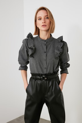 TRENDYOLMİLLA Antrasit Fırfırlı Gömlek TWOAW21GO0774