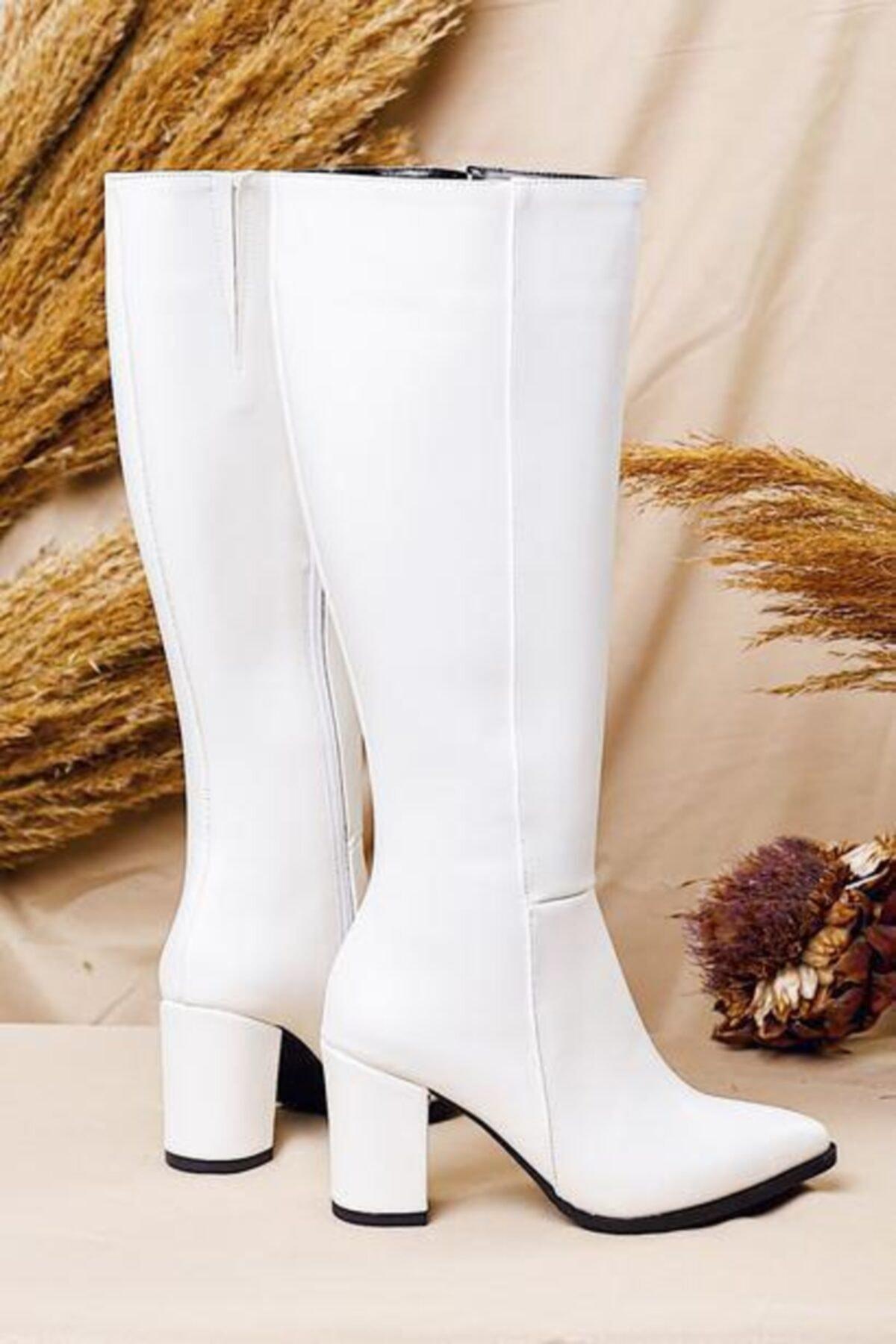 Limoya Kadın Beyaz Sivri Burunlu Tatum Orta Topuklu Çizme 1