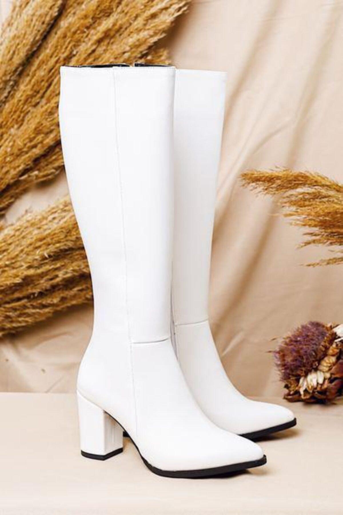 Limoya Kadın Beyaz Sivri Burunlu Tatum Orta Topuklu Çizme 2