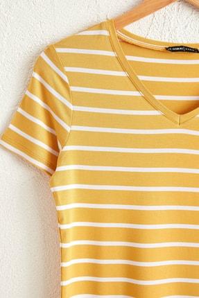 LC Waikiki Kadın Koyu Sari Çizgil Lka T-Shirt 0WDR08Z8