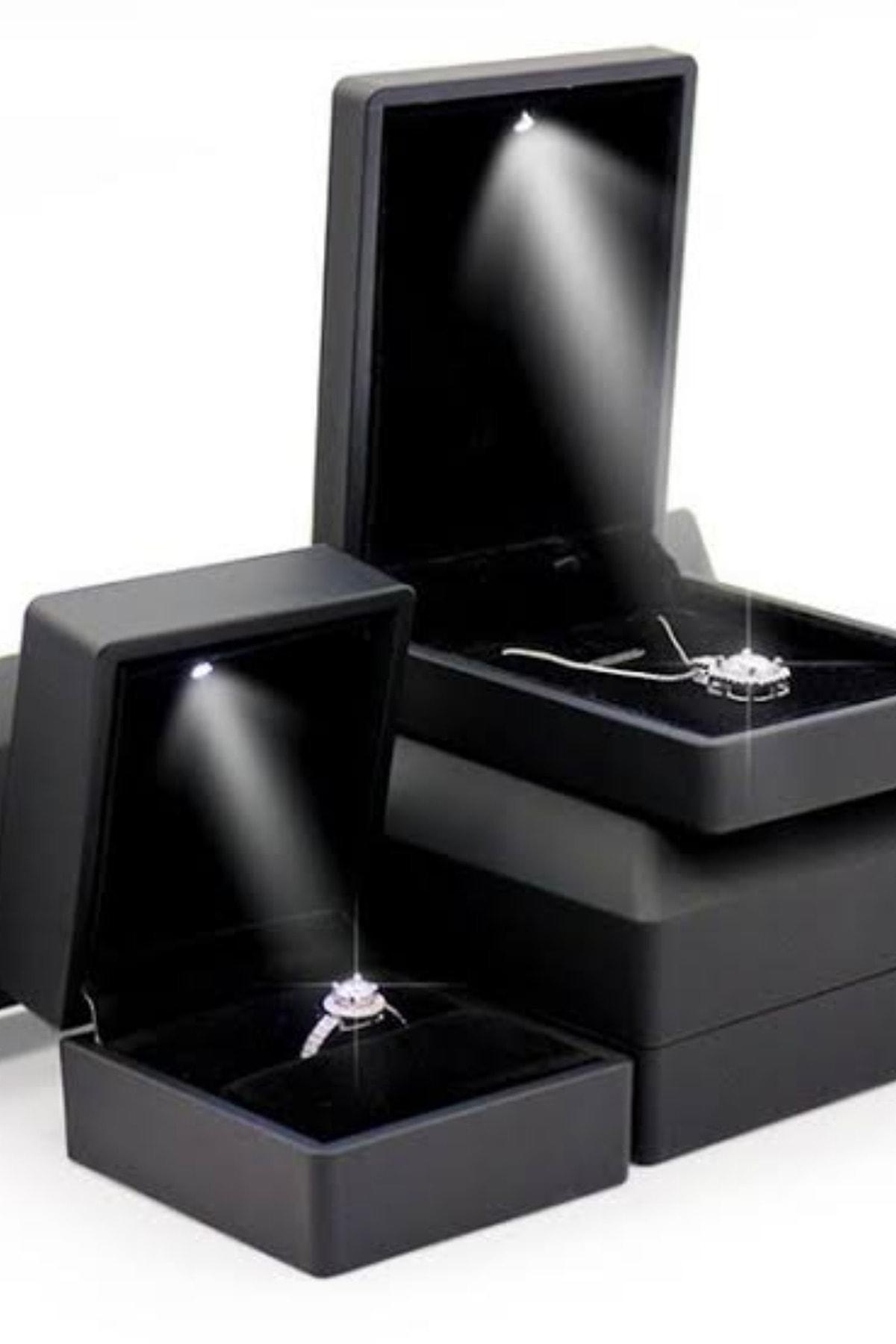 Crystal Diamond Zirconia Işıklı Kutuda Laboratuvar Pırlantası 0.50 Carat Tektaş Yüzük 2