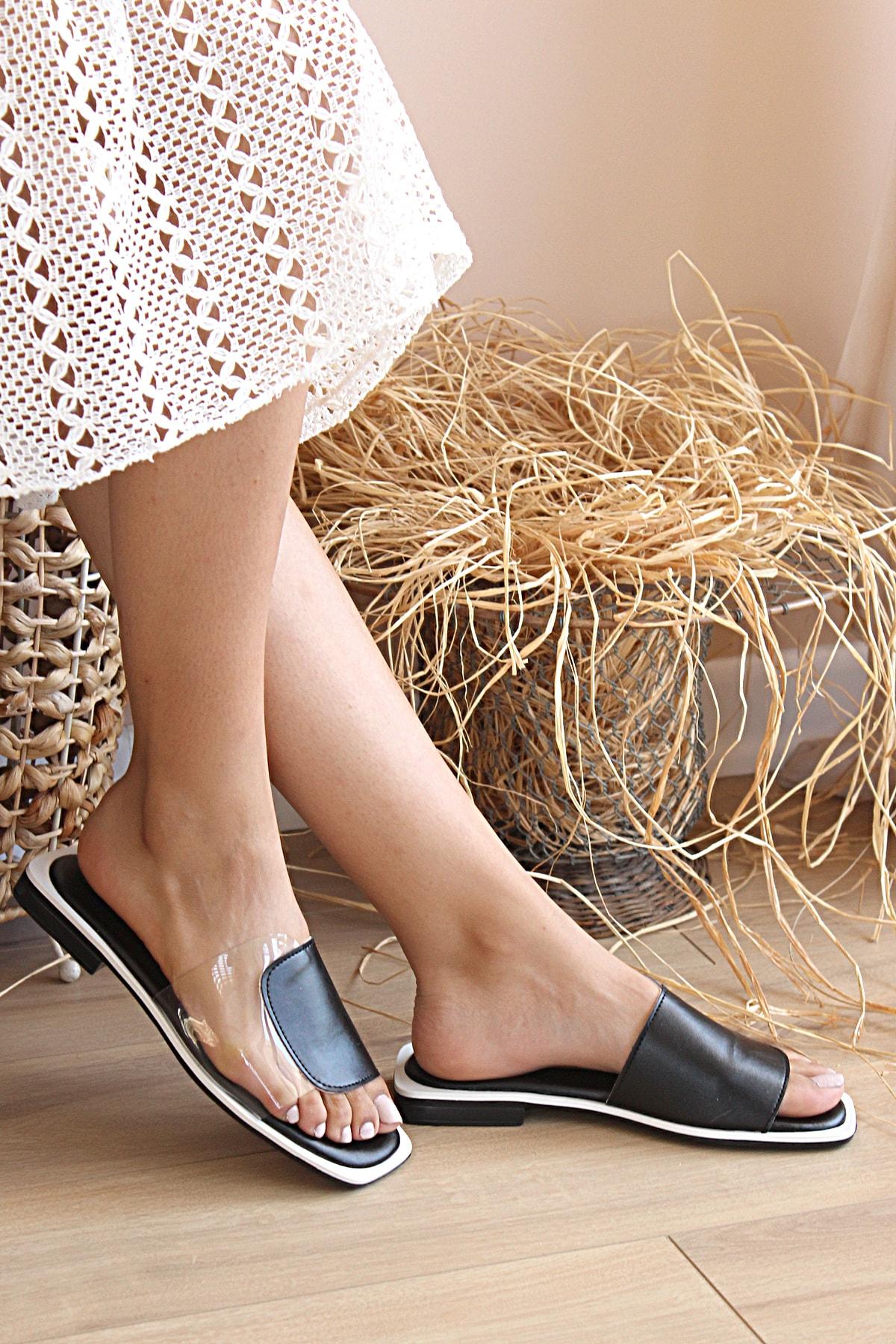 Pembe Potin Kadın Siyah Beyaz Sandalet 1