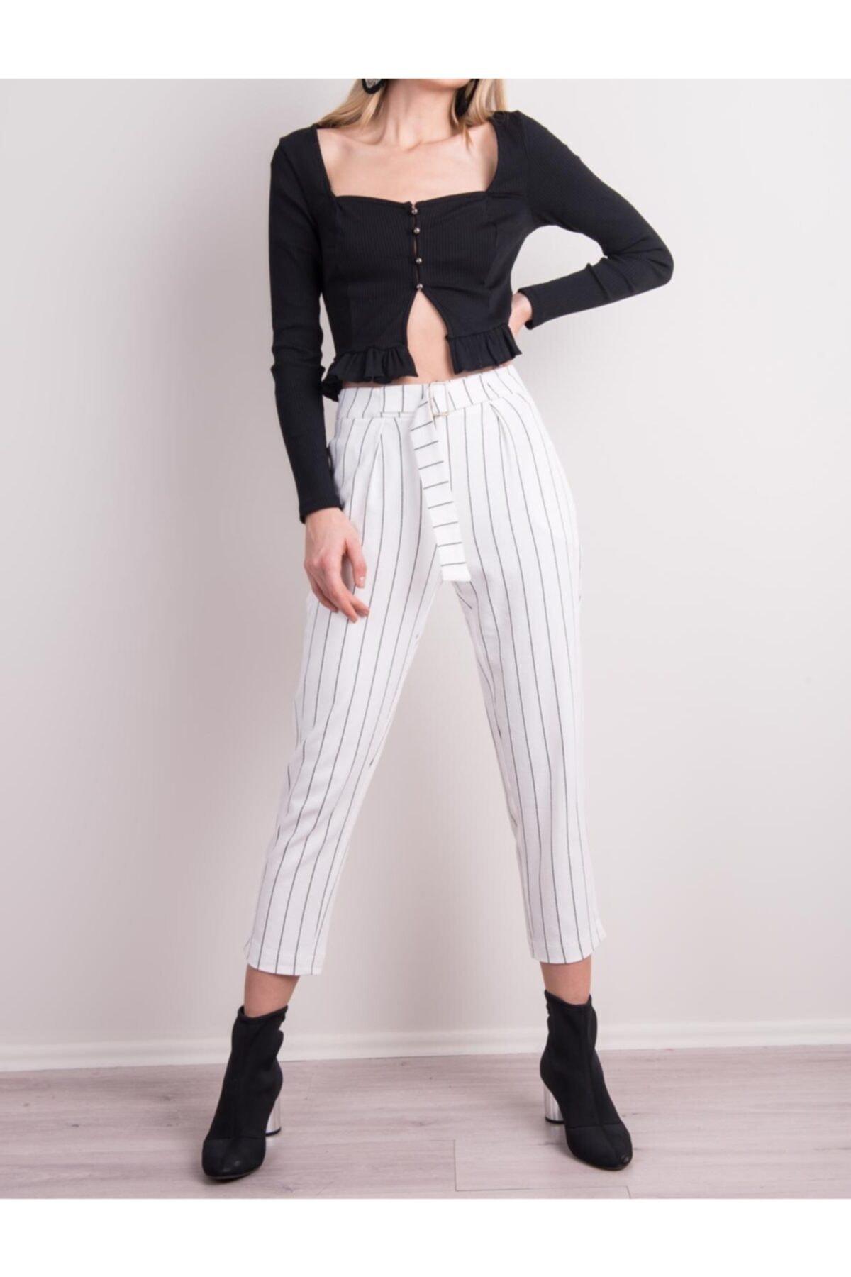 BSL Kadın Beyaz Çizgili Kemer Detaylı Çizgili Havuç Paça Pantolon 1