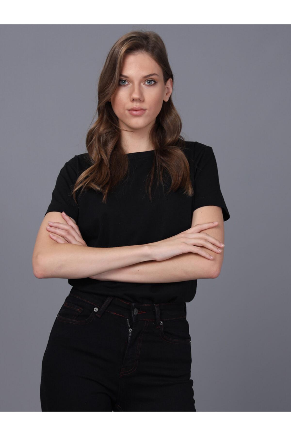 Basics&More Kadın Siyah Bisiklet Yaka T-shirt 1