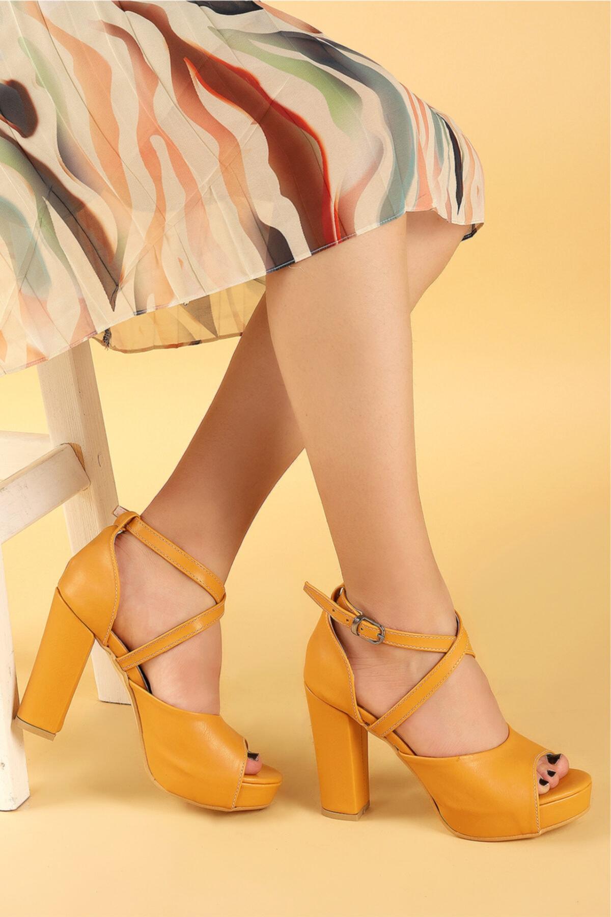 Ayakland Kadın Hardal Platform Topuklu Ayakkabı 11 cm 3210-2058 1