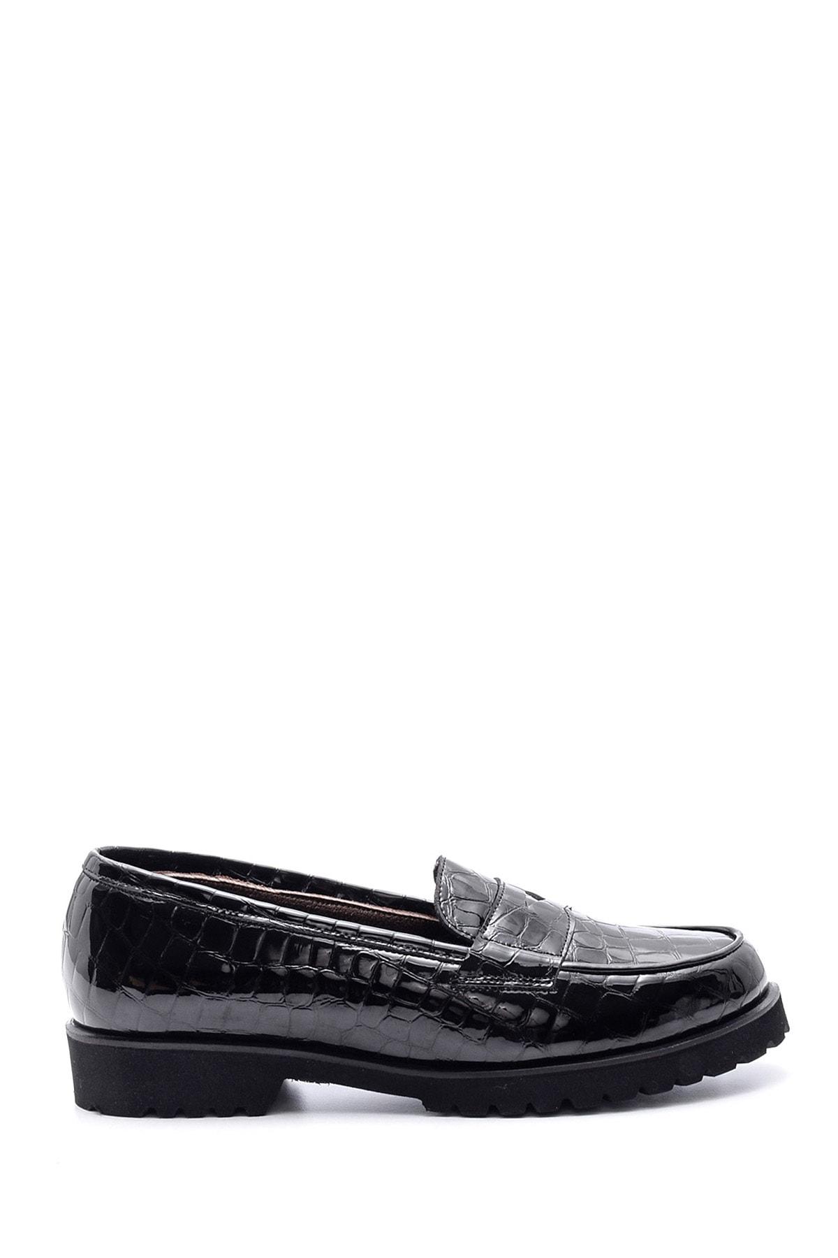 Derimod Kadın Siyah Kroko Desenli Deri Loafer 1