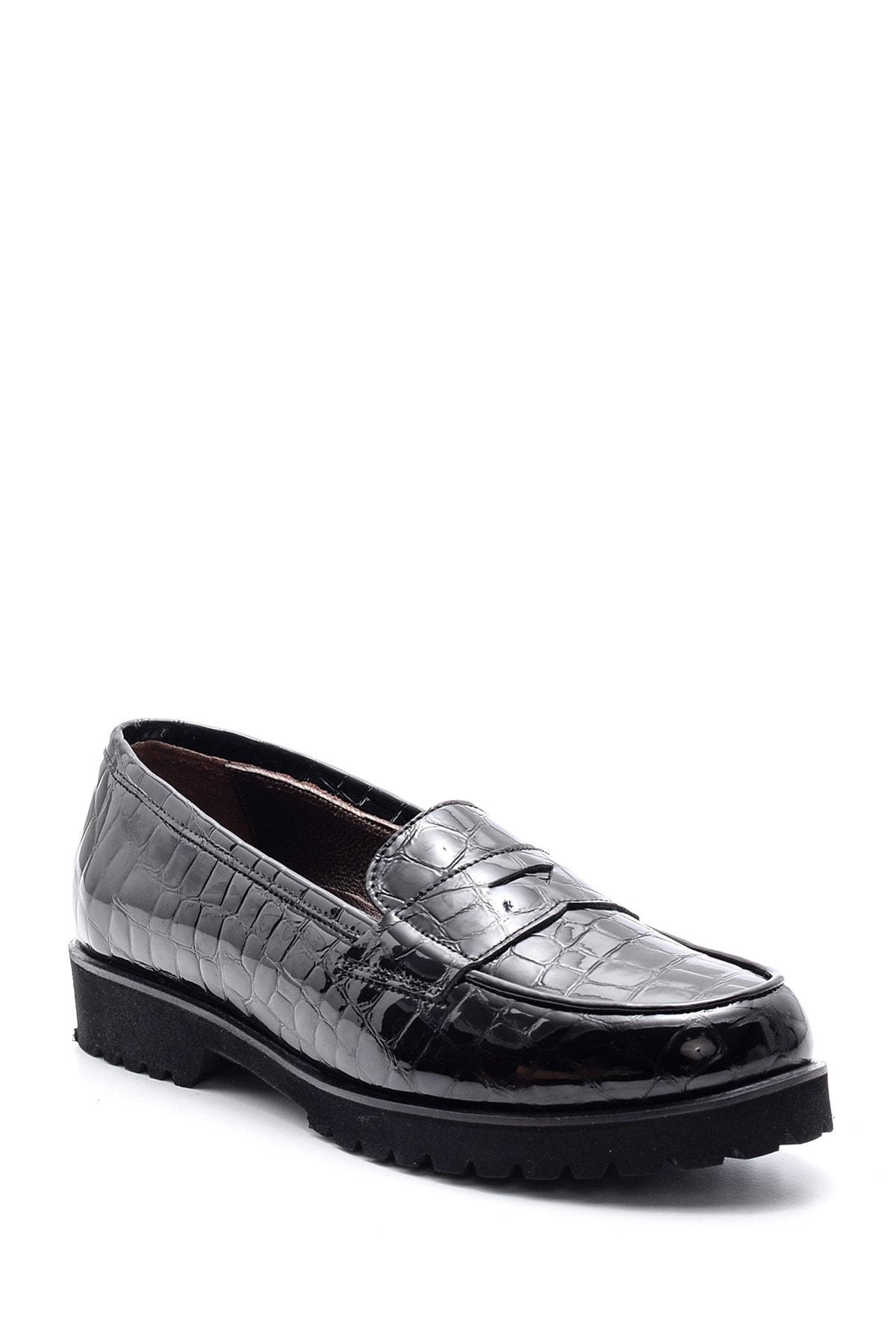 Derimod Kadın Siyah Kroko Desenli Deri Loafer 2