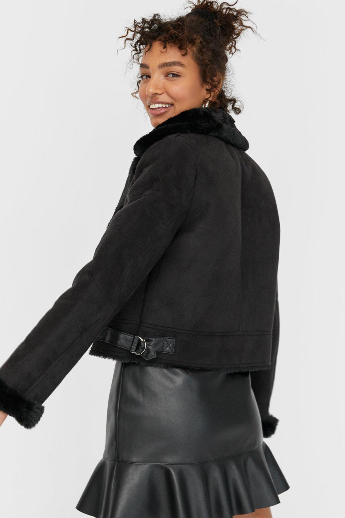 Stradivarius Kadın Siyah Kısa Biker Ceket 05758423 2