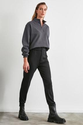 TRENDYOLMİLLA Siyah Kemerli Örme Pantolon TWOAW21PL0484