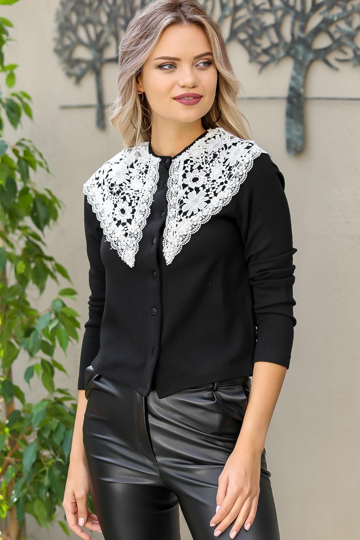 Chiccy Kadın Siyah Vintage Dev Dantel Yakalı Düğme Detaylı Bluz