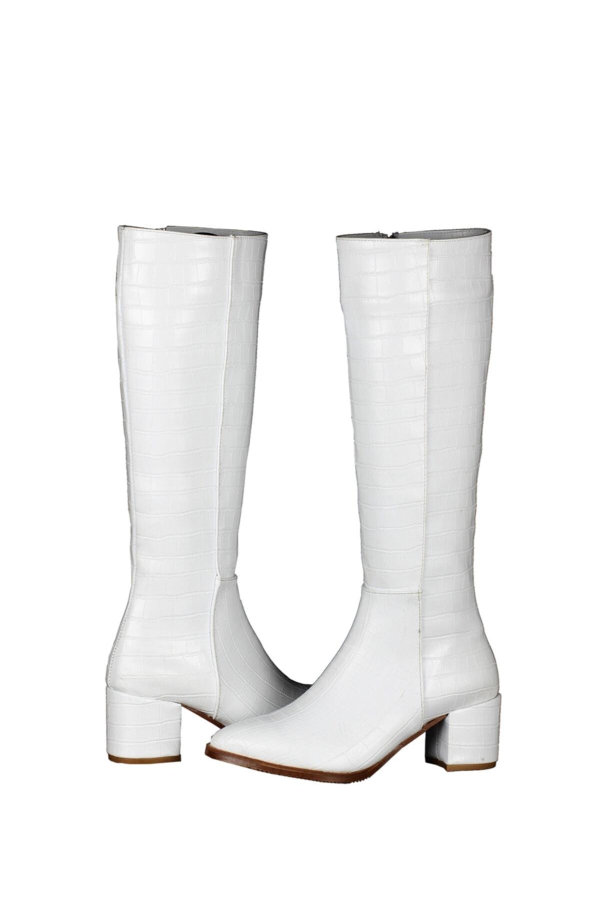 Seli Kadın Croco Desen Beyaz Deri Topuklu Şık Çizme 2