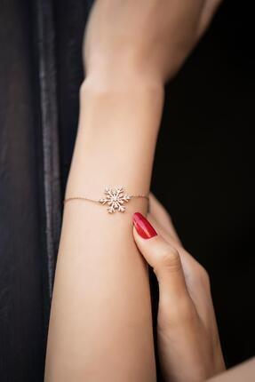 İzla Design Kadın Kar Tanesi Model Zirkon Taşlı Rose Kaplama Gümüş Bileklik İZLASLVR00340