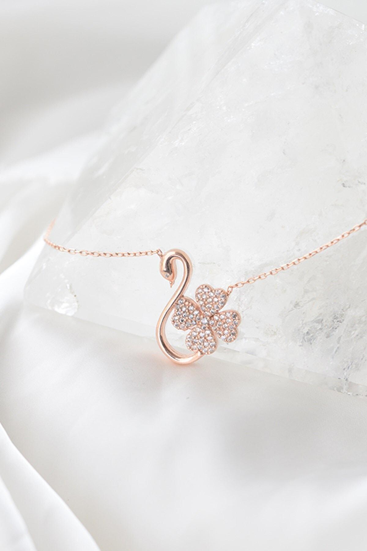 Gumusdunyam Flamingo Desenli Yonca 925 Ayar Kadın Gümüş Kolye 2