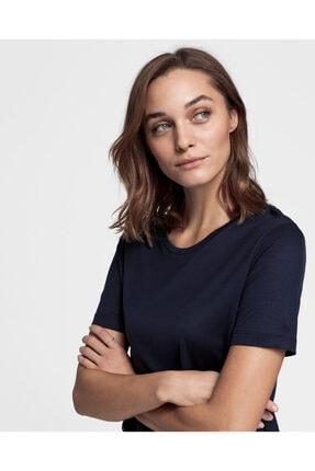 Gant Kadın Relaxed Fit Lacivert Lightweight T-shirt 7471