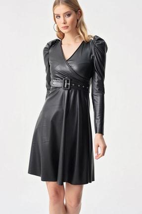 By Saygı Kadın Siyah Kruvaze Kloş Kemerli Deri Elbise S-21K1320010