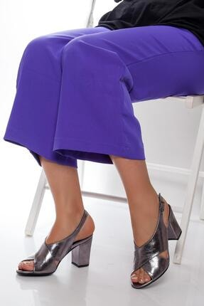 Deripabuc Kadın Gümüş Hakiki Deri Topuklu Ayakkabı Shn-0100