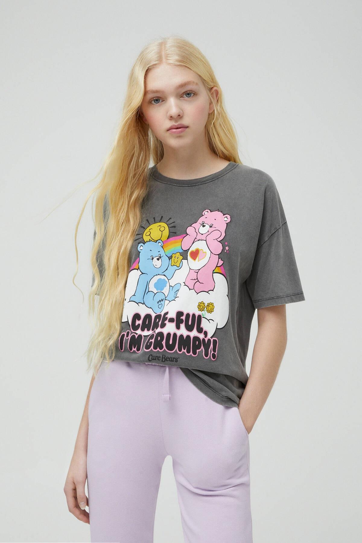 Pull & Bear Kadın Soluk Siyah Care Bears Bulut T-Shirt 04240318