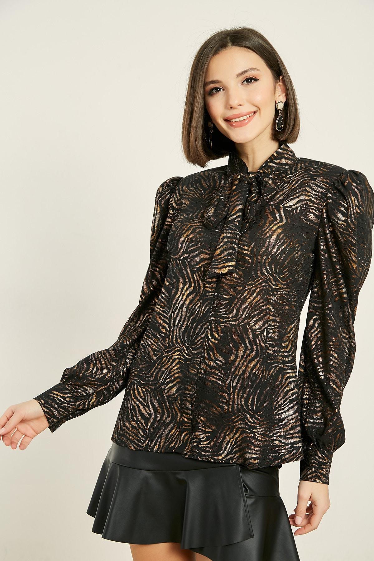 Sateen Kadın Zebra Siyah Fularlı Zebra Desen Gömlek 20KGO139K410 2