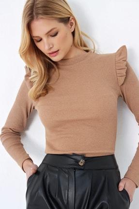 Trend Alaçatı Stili Kadın Bisküvi Omuzları Fırfırlı Yarım Balıkçı Kazak ALC-X5194