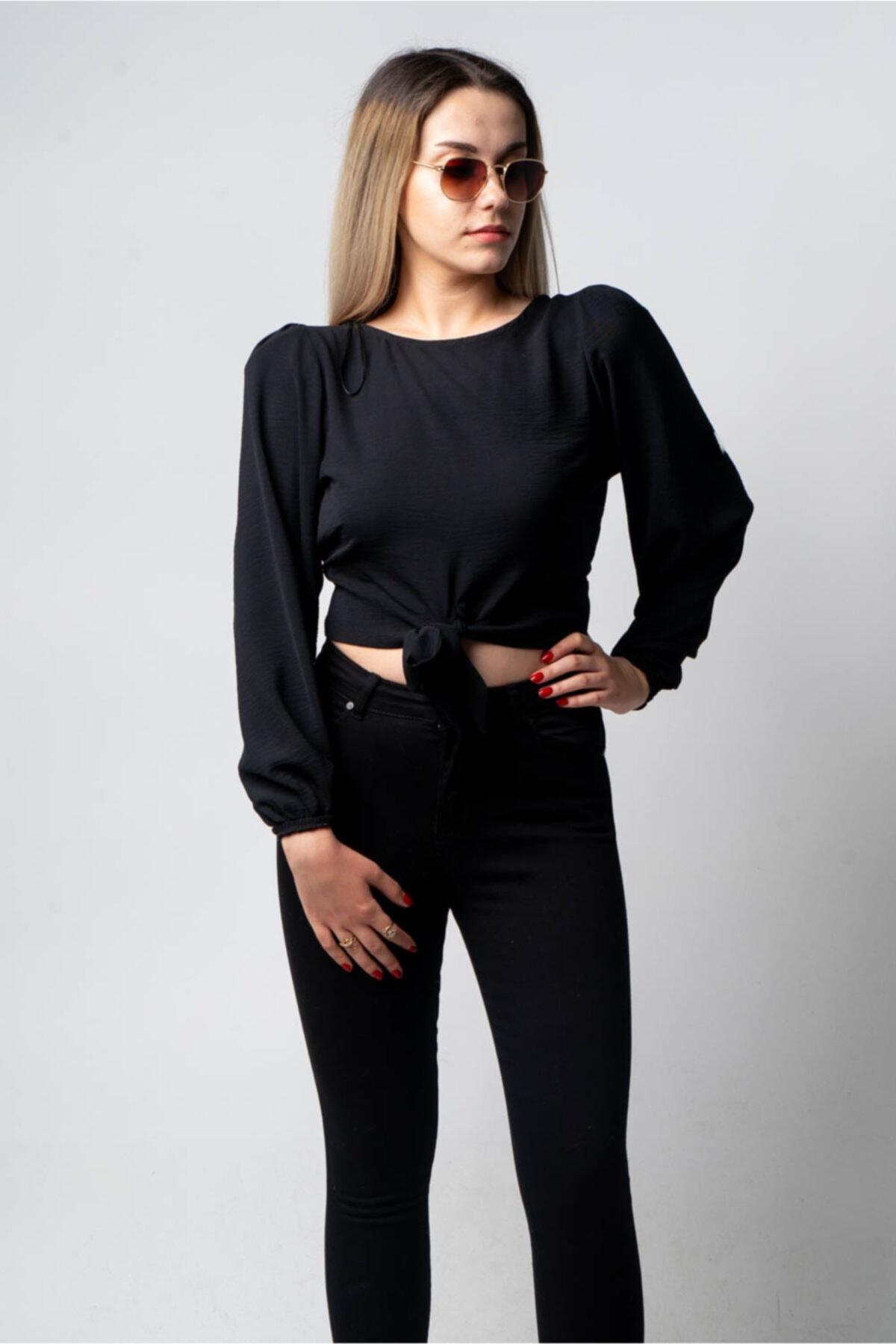 CNS Kadın Siyah Vatkalı Crop Bluz 2