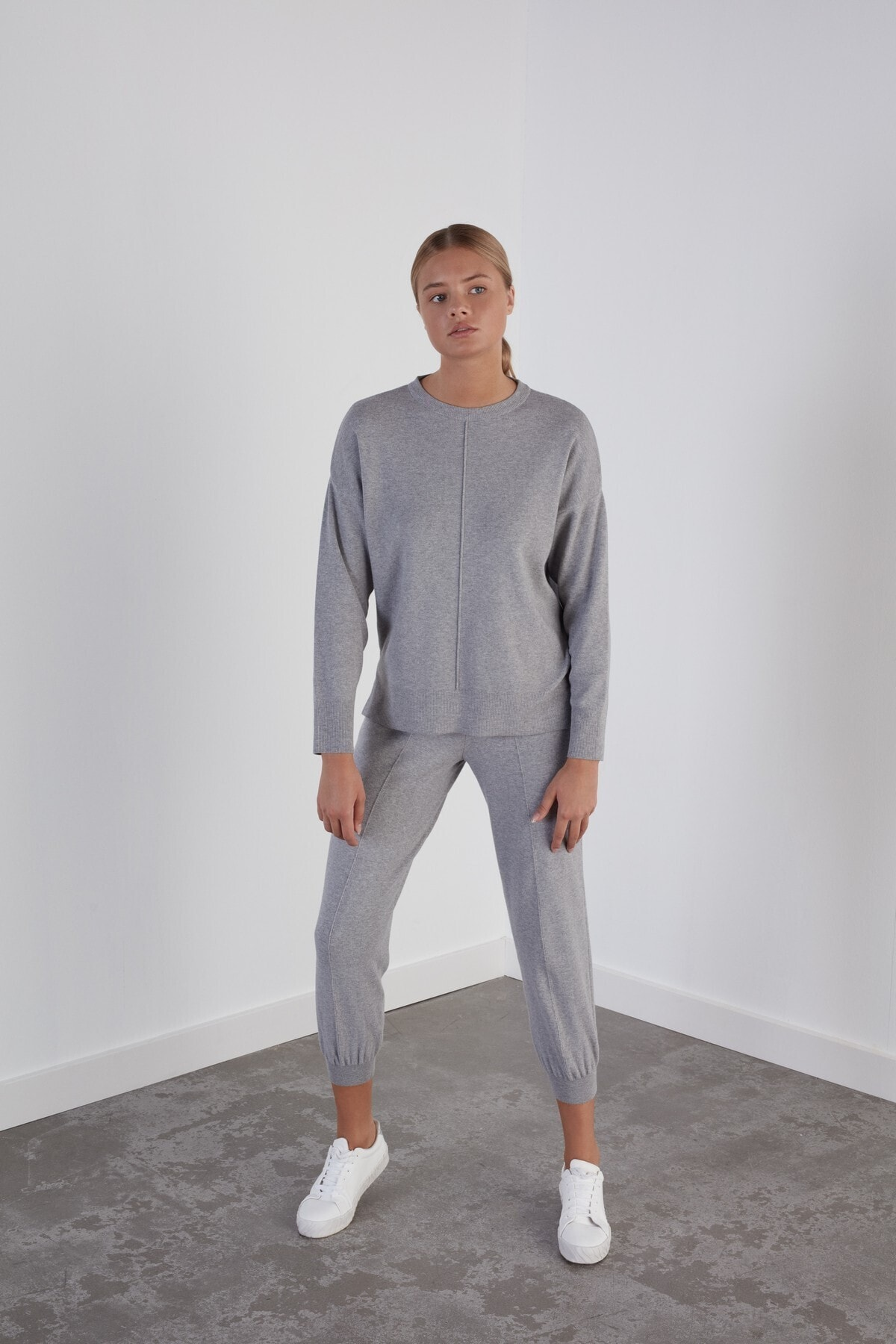 JOIN US Kadın Gri Beli ve Paçası Lastikli Cepli Triko Pantolon 1