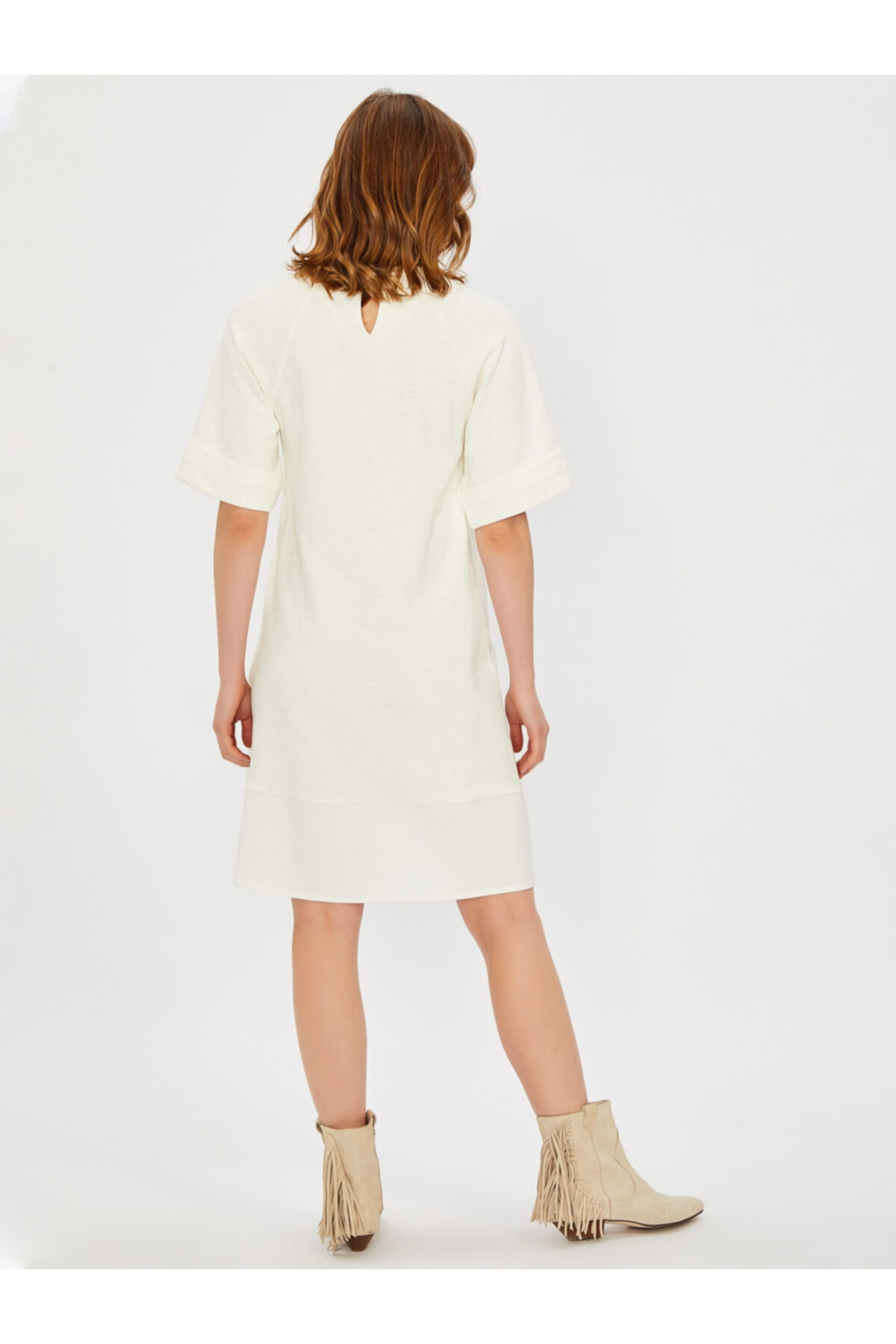 Vekem Kadın Bej Sıfır Yaka Rahat Kesim Elbise 2
