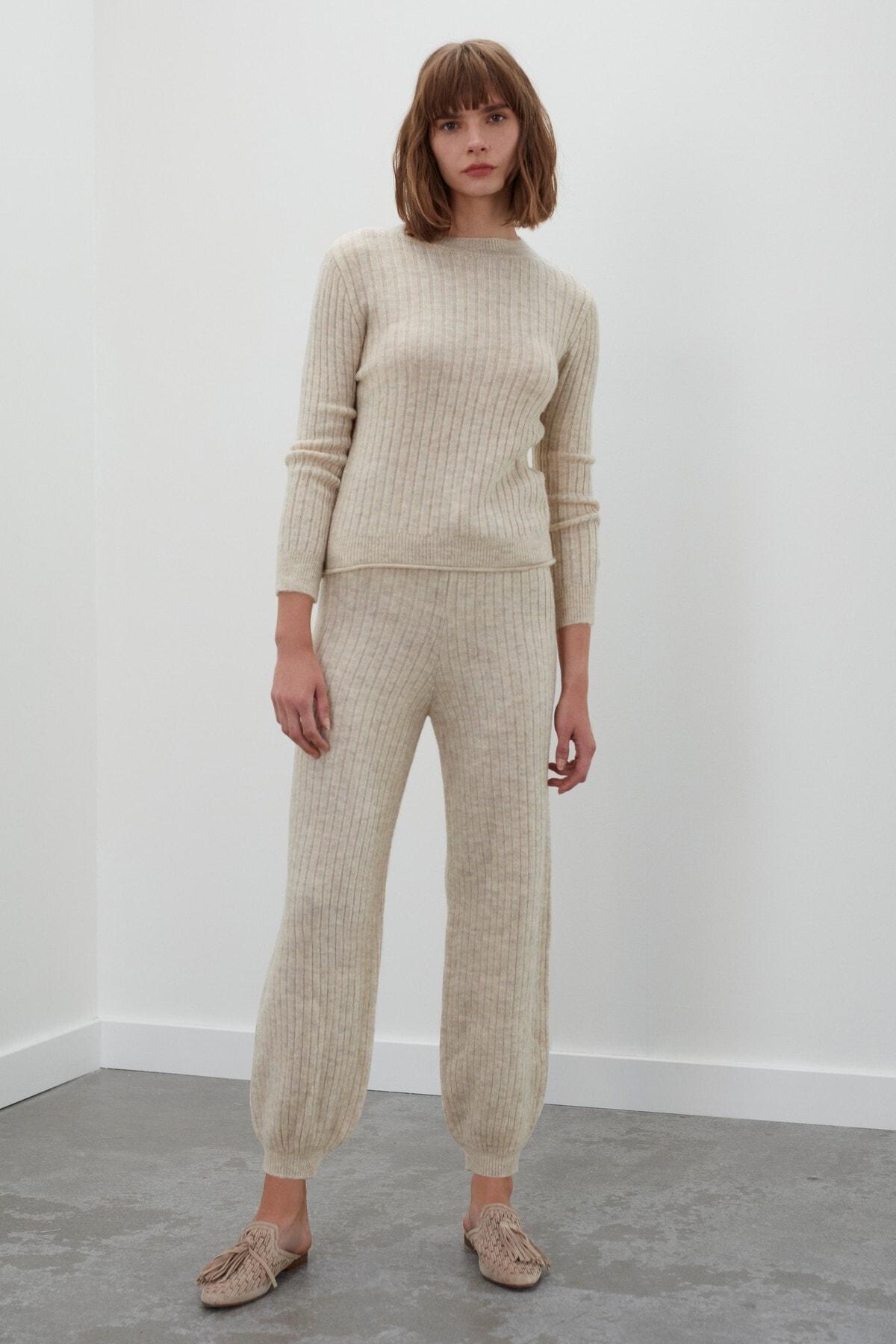 JOIN US Kadın Ekru Beli ve Paçası Lastikli Triko Pantolon 1