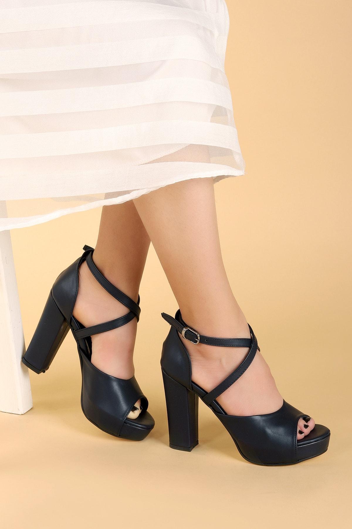 Ayakland Kadın Cilt Abiye 11 Cm Platform Topuk Sandalet Ayakkabı 1