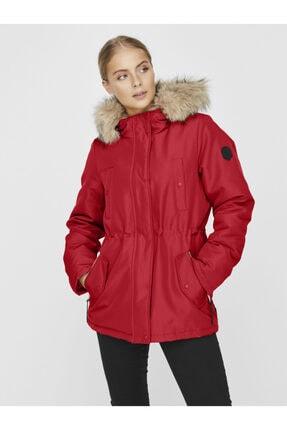 Vero Moda Kadın Kırmızı Belden Büzülebilir Kapüşonu Kürklü Mont 10230808 VMEXPEDITIONHIKE
