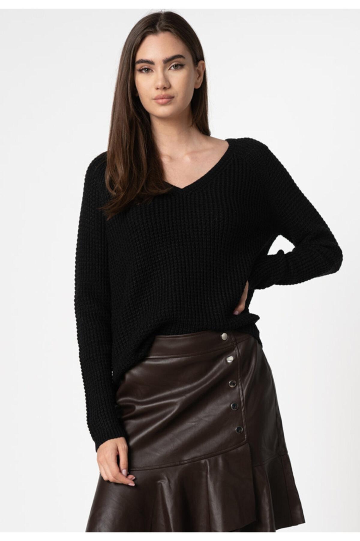 Vero Moda Kadın Siyah Uzun Kollu V-Yaka Kazak 10231592 VMLEANNA 2