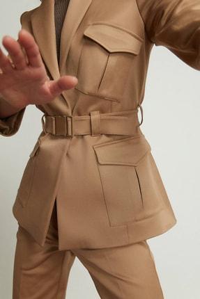 rue. Kadın Bej Cepli Kemerli Blazer Ceket 20802068