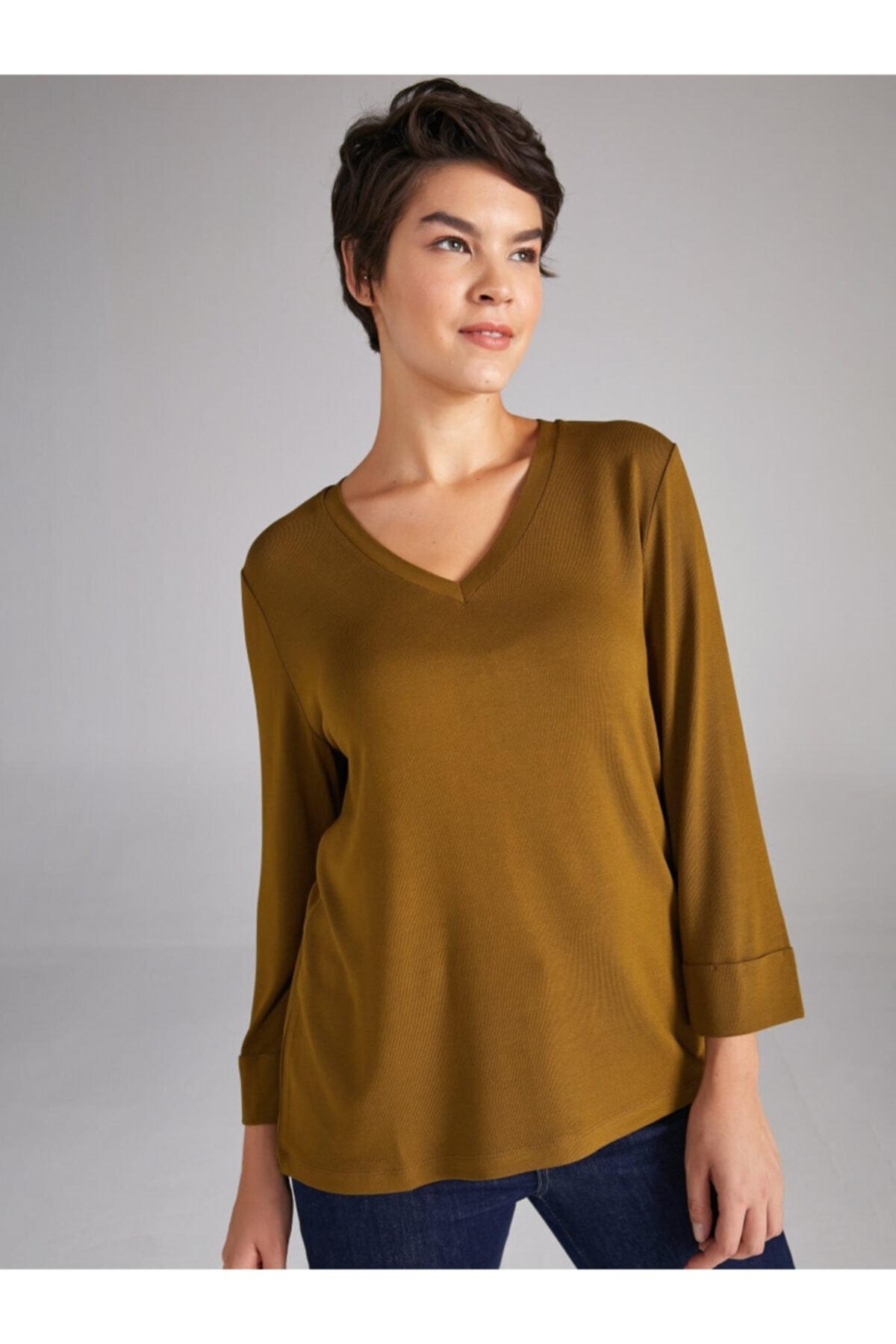 Faik Sönmez Kadın Yeşil V Yaka Truvakar Kol T-shirt 1