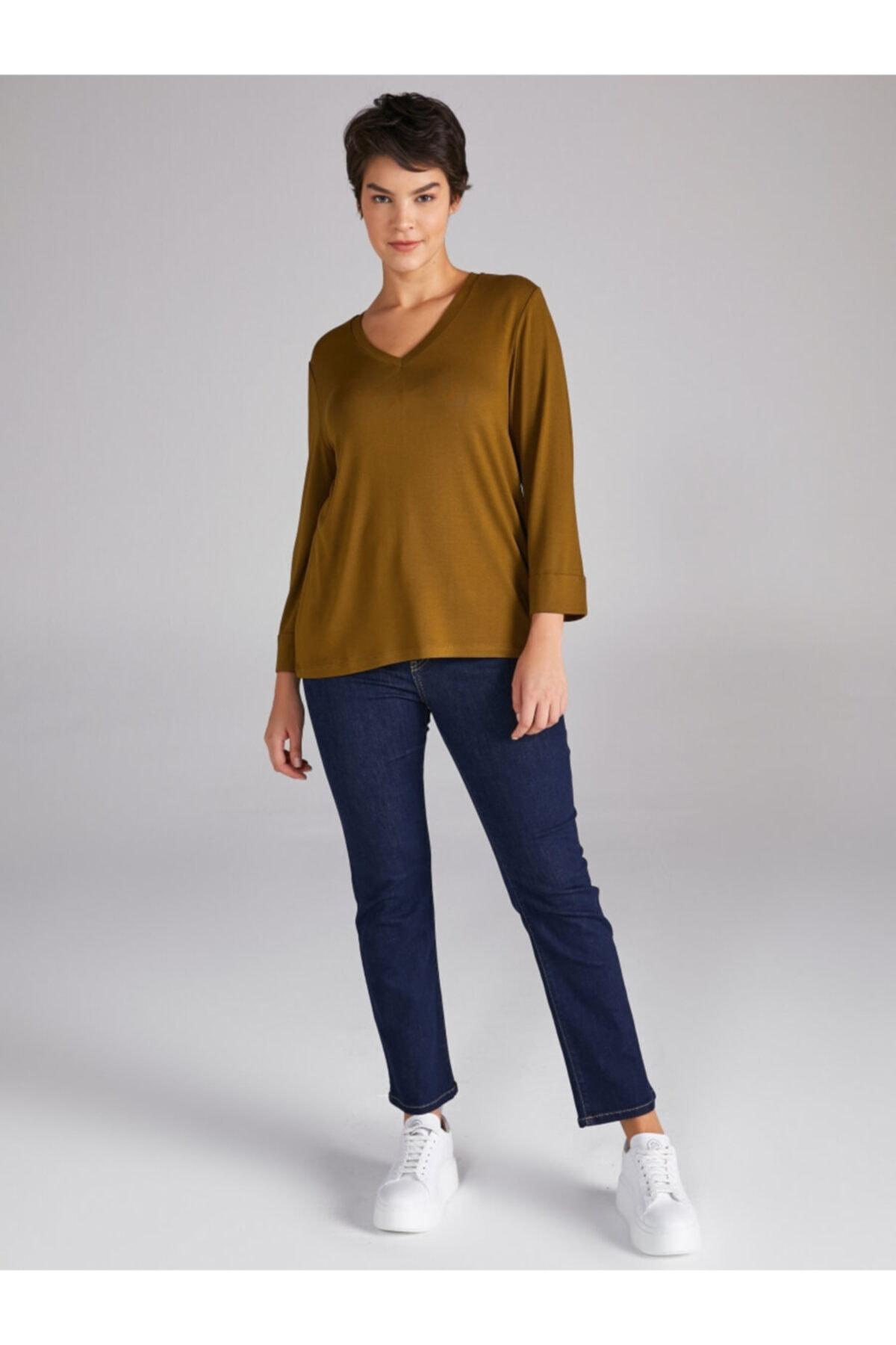Faik Sönmez Kadın Yeşil V Yaka Truvakar Kol T-shirt 2