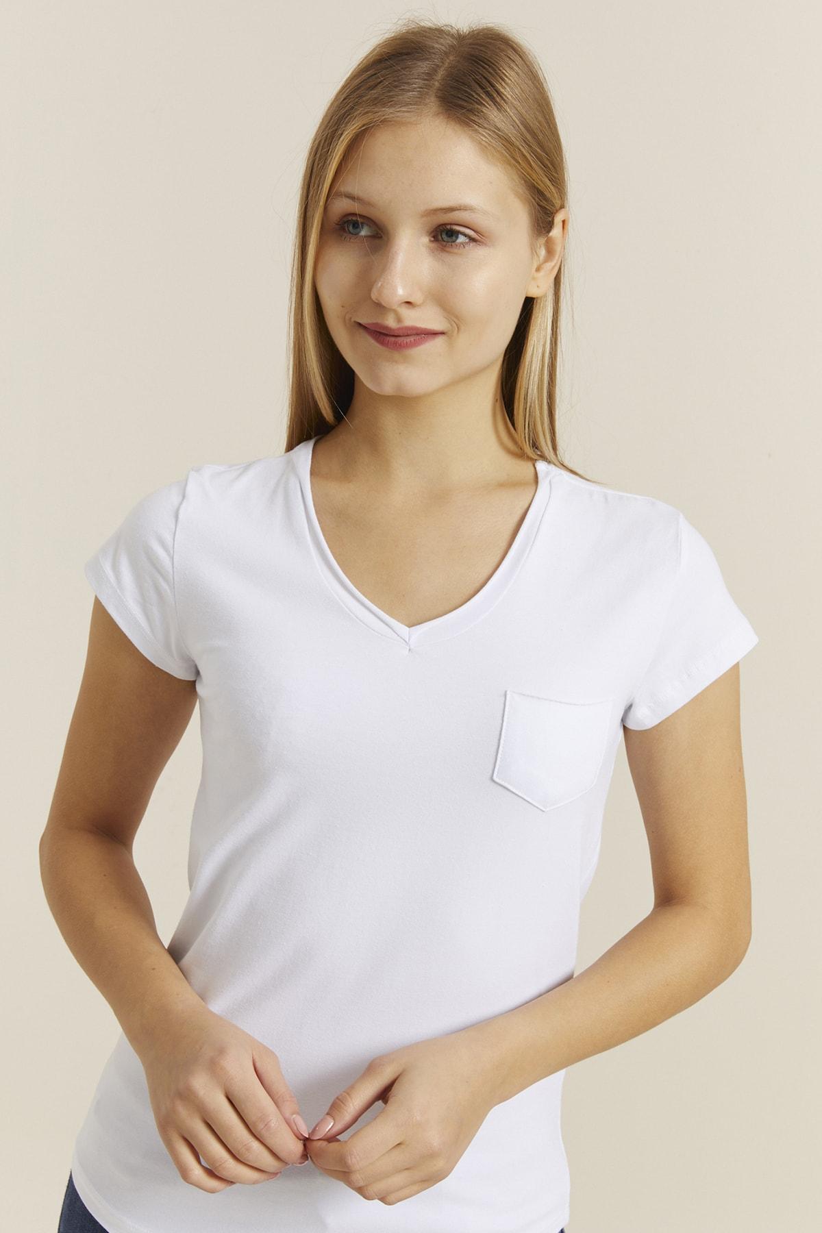 DYNAMO Kadın Beyaz V Yaka Cepli T-shirt 19052 2