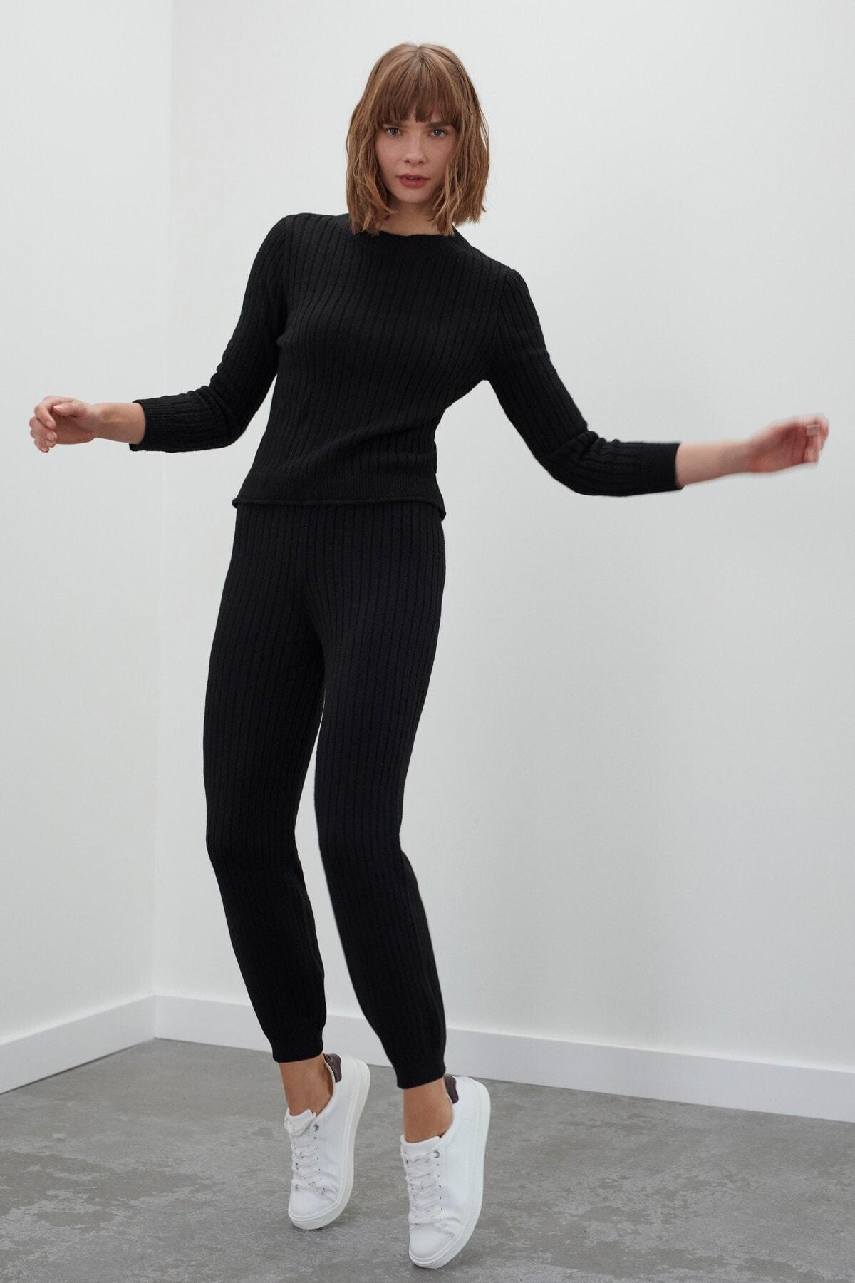 JOIN US Kadın Siyah Beli ve Paçası Lastikli Triko Pantolon 1