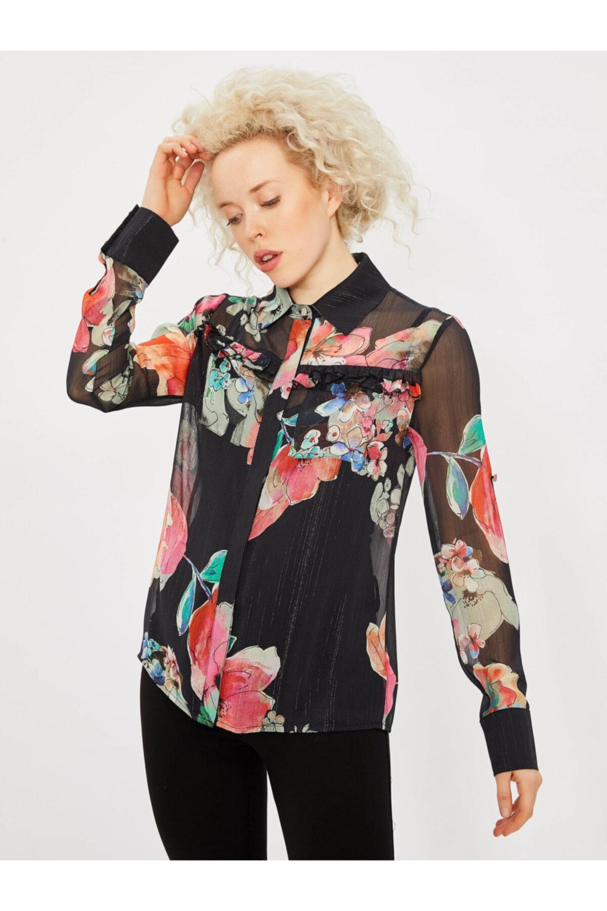Vekem Kadın Siyah Fırfır Detaylı Çiçek Desenli Gömlek 1